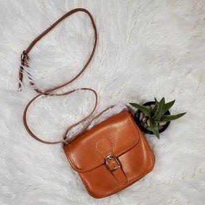 Vera Pelle Tan Structured Flip Top Crossbody Bag
